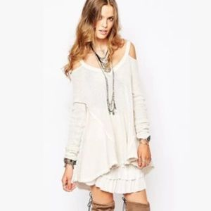 FREE PEOPLE Moonshine Cold Shoulder Fringe Sweater